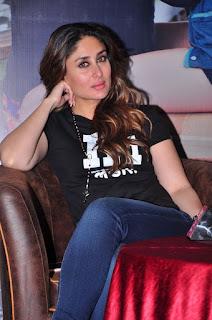Kareena Kapoor Stills in Denim Jeans at Ki