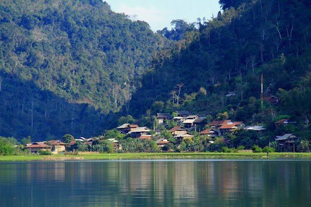 Pac Ngoi, a cultural village in Bac Kan famous for homestay tourism 4