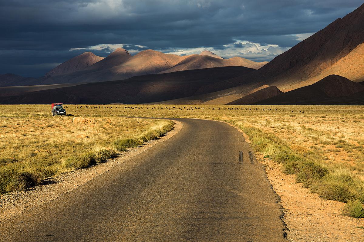 Maroko-Wąwóz Todra i przełęcz Tirhehouzine