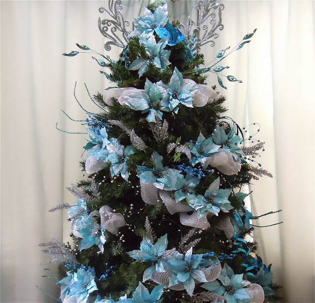 Turquoise And White Christmas Tree: Seasontry: Turquoise And Silver Christmas Tree