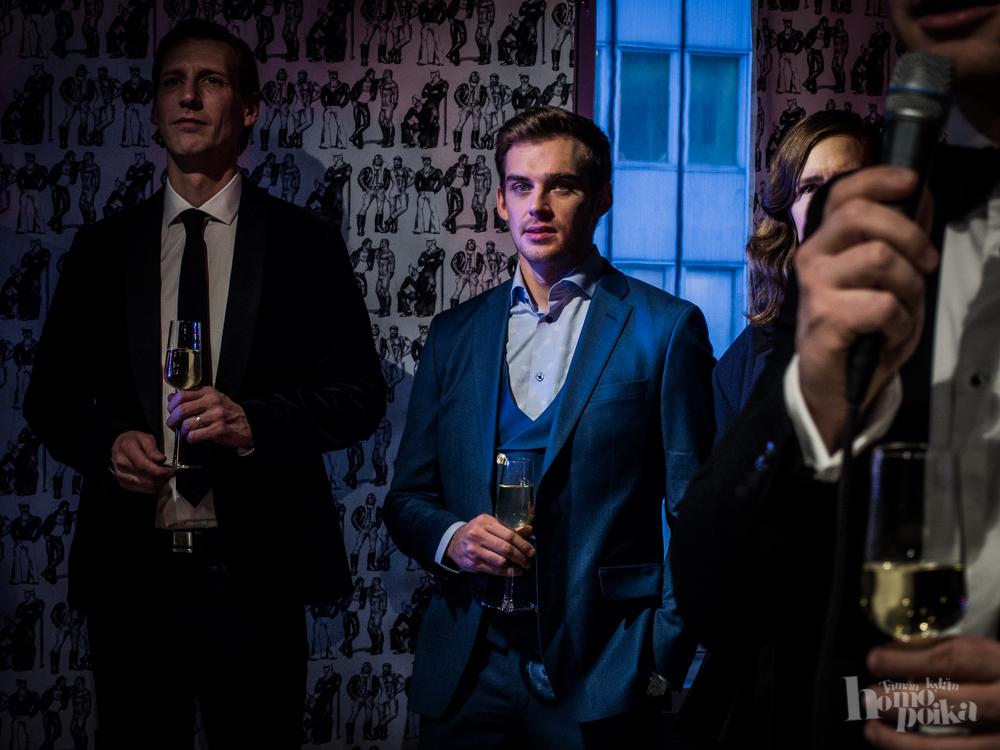 Tom of Finland -elokuva ensi-illassa tänään! - Tämän kylän homopoika