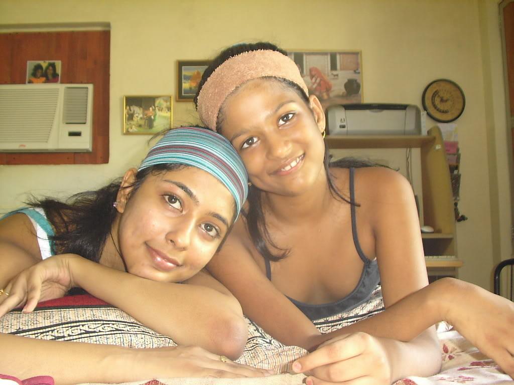 Lesbian Indian Girls - Desi Indian Girls-1179