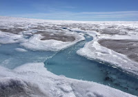 The Greenland ice sheet covers an area about seven times the size of the UK (Credit: Kate Stephens) Click to Enlarge.