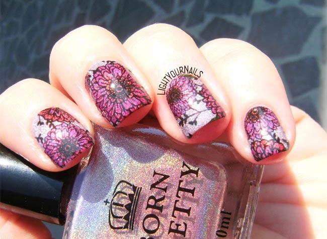Pink holographic flowers nail art feat. Bornprettystore holo polish H004 Magnificent Time and BPY40 water decals