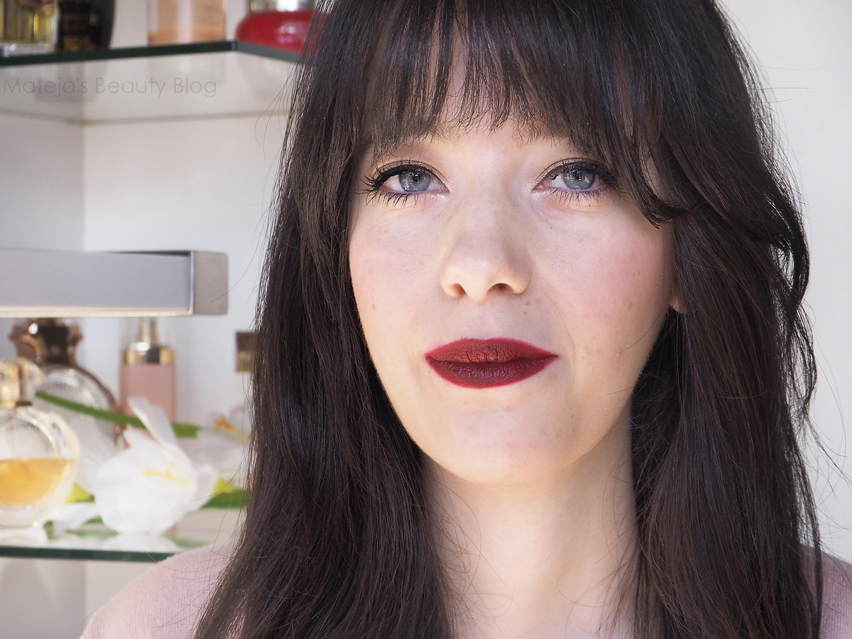 Maybelline Color Sensational Matte Lipstick Divine Wine -4760