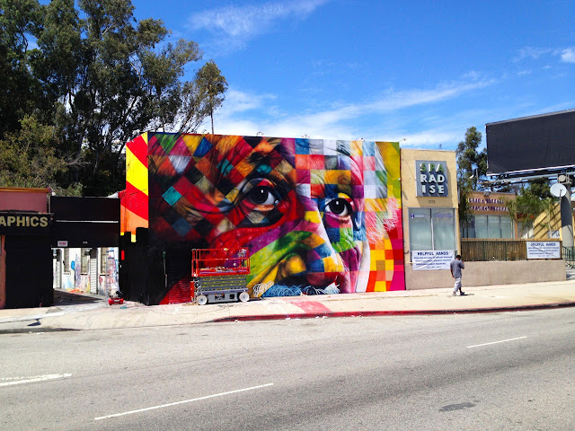 Street Art Portrait Of Einstein By Eduardo Kobra In Los Angeles, USA. 7