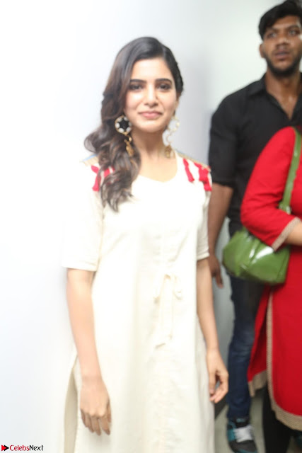 Samantha Ruth Prabhu Smiling Beauty in White Dress Launches VCare Clinic 15 June 2017 003.JPG