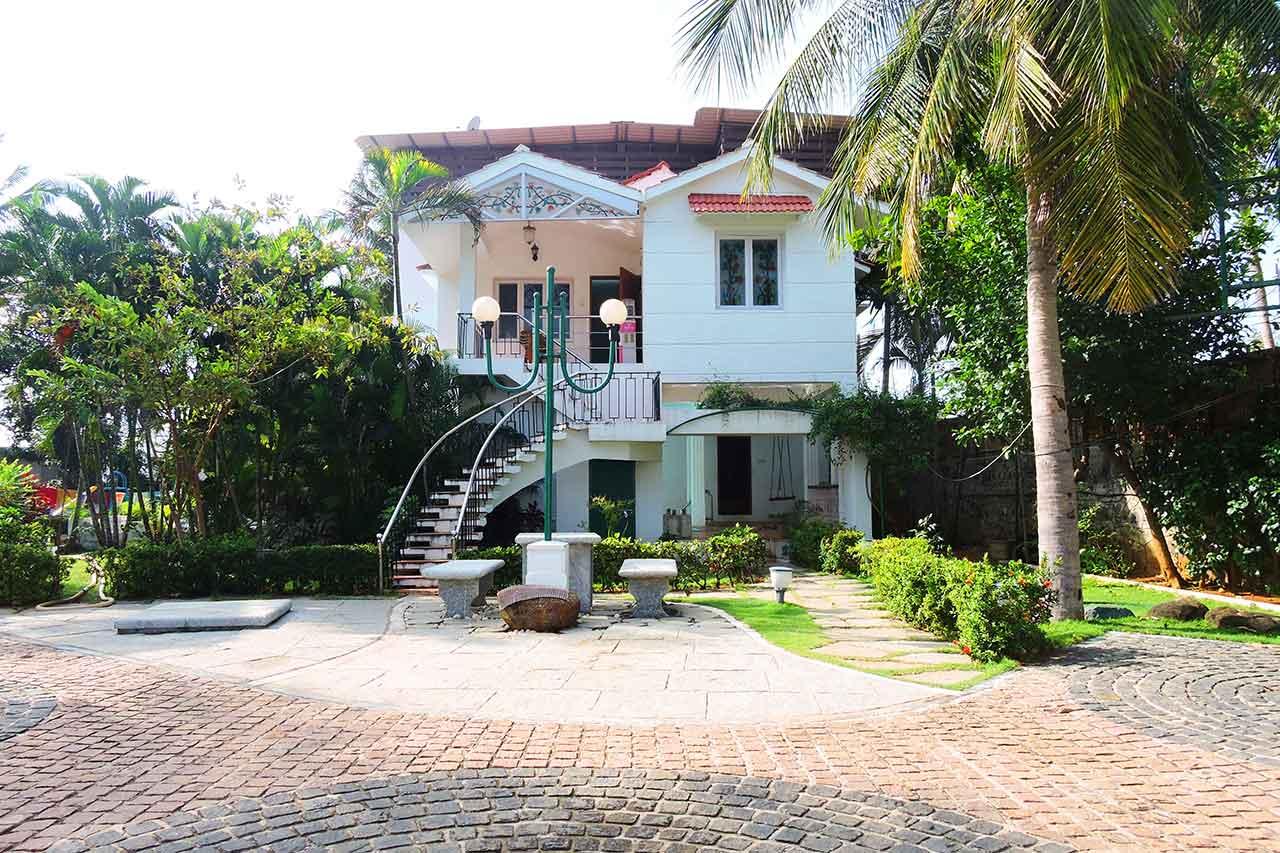 beach villa in ecr