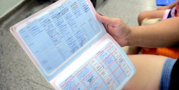 Os pais de crianças deverão apresentar o cartão de vacinação dos filhos no  ato da matrícula em escolas que oferecem ensino infantil na Paraíba. 61a5453094576