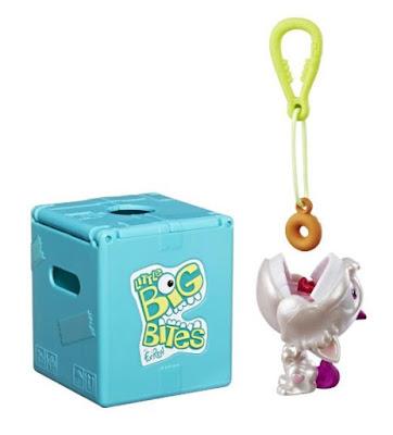 Брелок для ключей, игрушка и коробочка Little Big Bites