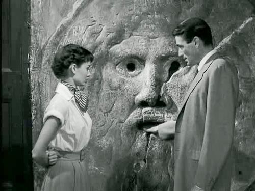 Audrey Hepburn & Gregory Peck in movie Vacanze Romane - 1953