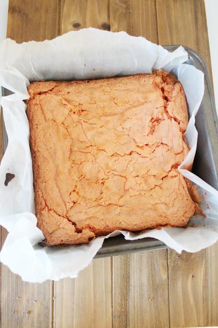 Red Heart Cinnamon White Chocolate Chunk Brownies Recipe | City of Creative Dreams