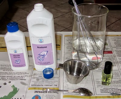 DIY Homemade Nail Polish Remover