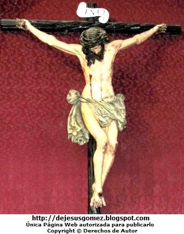 Imagen de Jesús en la cruz, foto de Jesús tomada en la Iglesia San Pedro (Lima - Perú) por Jesus Gómez
