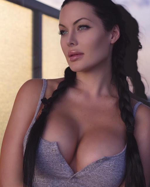 Hot girls Verónica Black sexy big breasts Fan David Beckham 8