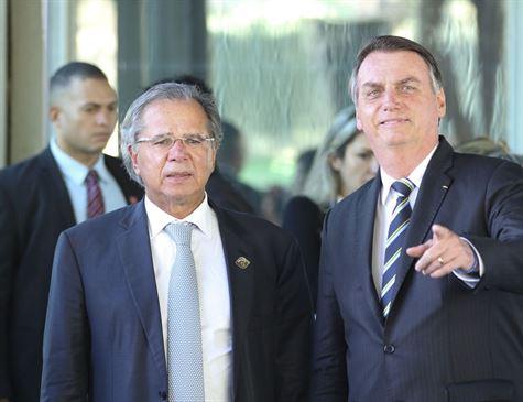 Governo vai corrigir tabela do IR em 2020 pela inflação, diz Bolsonaro