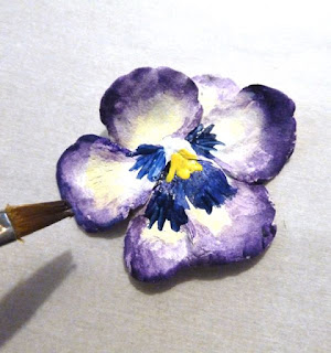 Beautiful pansy hairpin