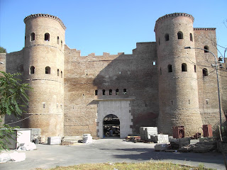 The Porta Asinaria was a small entrance through which farmers could enter Rome with their livestock