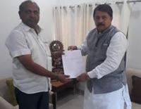 Gujarat Congress Lawmaker Vallabh Dharaviya Resigns