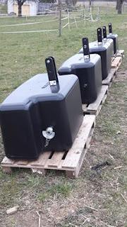http://www.agropool.ch/de/diverses--98/frontgewichte-heckgewicht-450kg,-750-kg,-1050-kg,-1450-kg--78338.aspx?mid=493