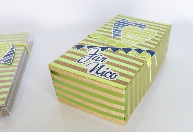 Geburtstag Geschenkverpackung in Kraft und Metallic Grün