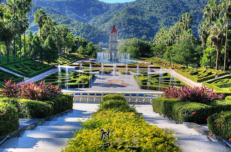 泰雅歐式花園-鐘樓水舞-親子公園|泰雅渡假村