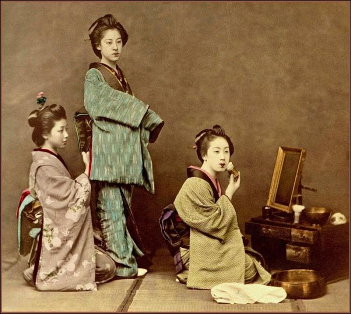 Vintage Geisha Photos