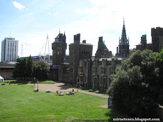 Кардиффский замок - один из самых красивых в Великобритании