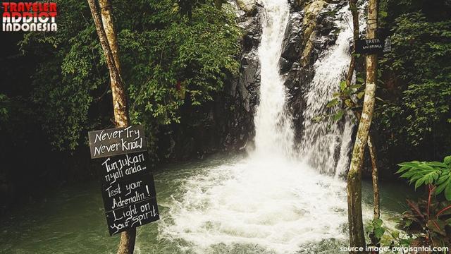 The beauty of Aling-Aling Waterfall in Buleleng