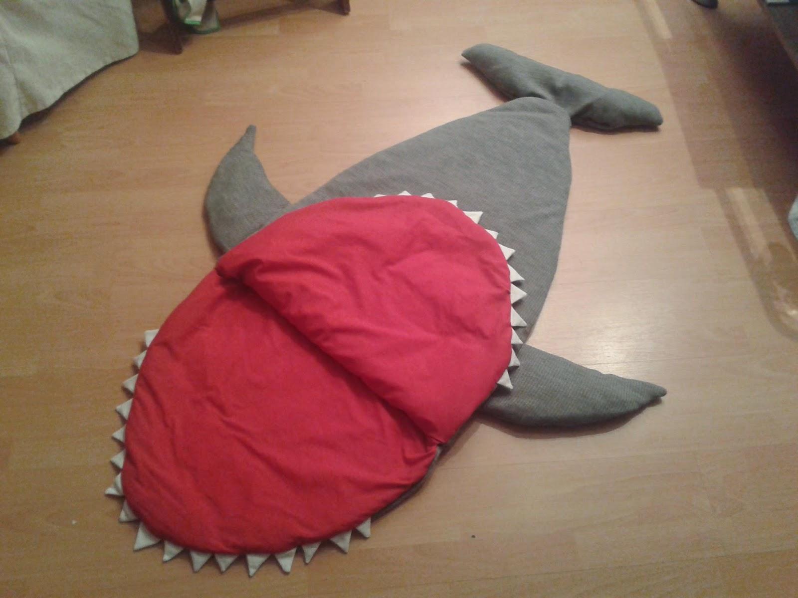 Das Maul (der Einstieg) In Den Haifisch Schlafsack