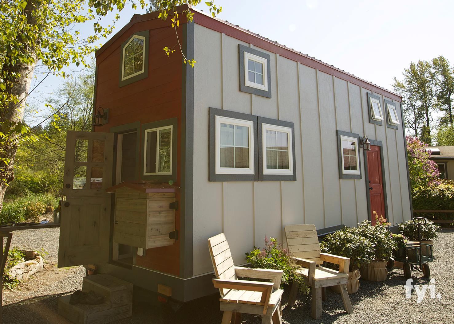 barn chic tiny house 300 sq ft tiny house town