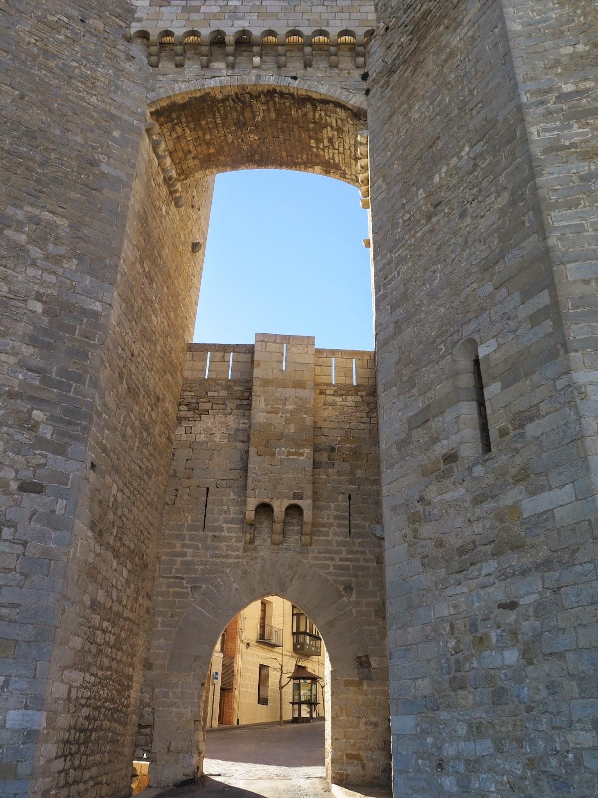 Puerta acceso Morella