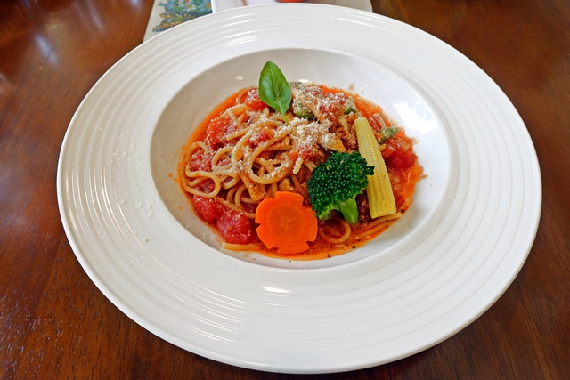 蕃茄鮮蔬義大利麵