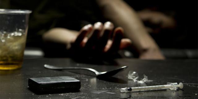 Maki Orang Tua Dan Gunakan Narkoba, Pria Ini Mati Membusuk Dan Mengeluarkan Air Mata