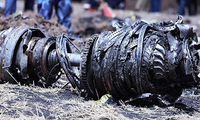Recuperan las dos cajas negras del avión que se estrelló en Etiopía