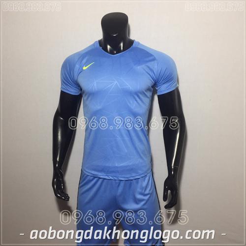 Áo bóng đá không logo Nike HHP Pro màu xanh nhạt