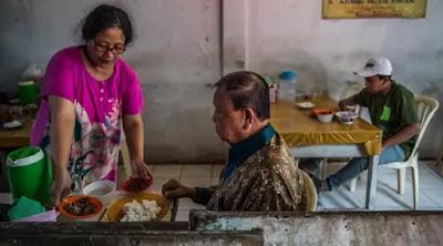 New York Times: Disaat Dunia Mulai Tinggalkan Konsumsi Daging Anjing, di Indonesia Malah Meningkat