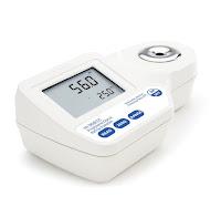 Jual HANNA HI 96832 Digital Refractometer for Propylene Glycol Analysis