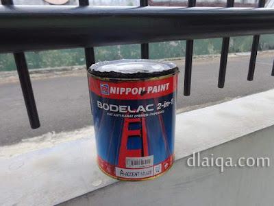 cat besi Bodelac 2-in-1 produksi Nippon Paint