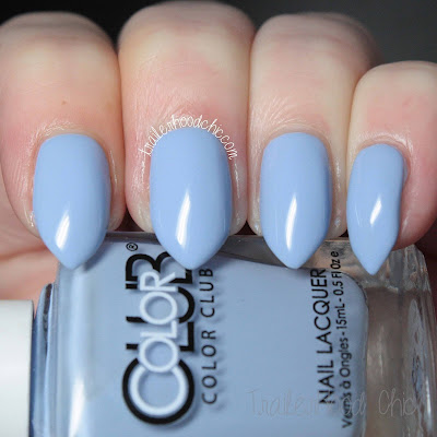 color club paris in love holy chic swatch