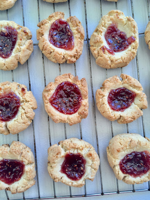 raspberry and coconut jam drop cookies - free from gluten, nuts, dairy and refined sugar - from www.mywholefoodfamily.com