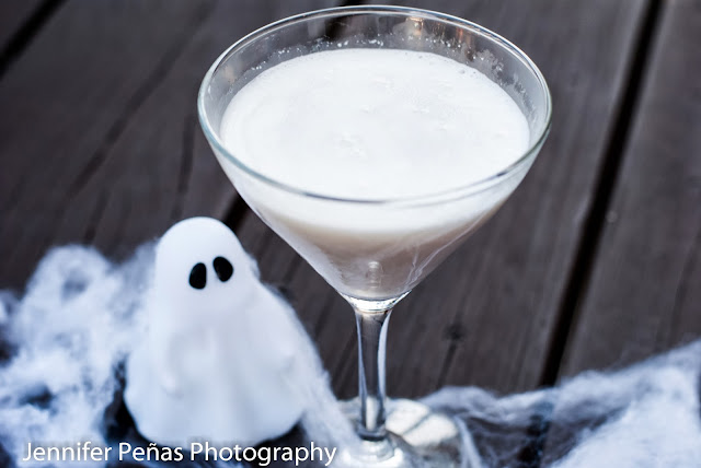 vanilla vodka, hazelnut liqueur, frangelico, godiva white chocolate liqueur, halloween cocktail