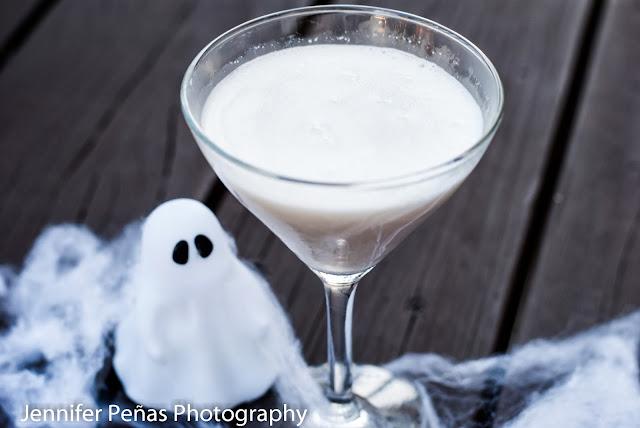 vanilla vodka, hazelnut liqueur, frangelico, godiva white chocolate liqueur, halloween cocktail