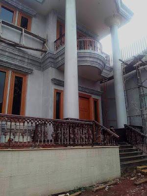 railing tangga besi ulir untuk rumah minimalis