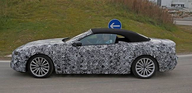 2018 BMW 6 Series Convertible Spied Test