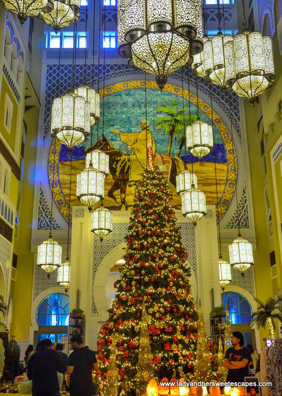 Christmas market in Movenpick Ibn Battuta Hotel