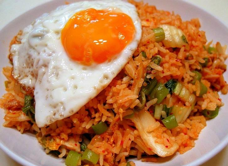 resep  membuat nasi goreng mudah  enak aneka resep masakan  minuman sederhana terbaru Resepi Nasi Goreng Tanpa Bawang Merah Enak dan Mudah
