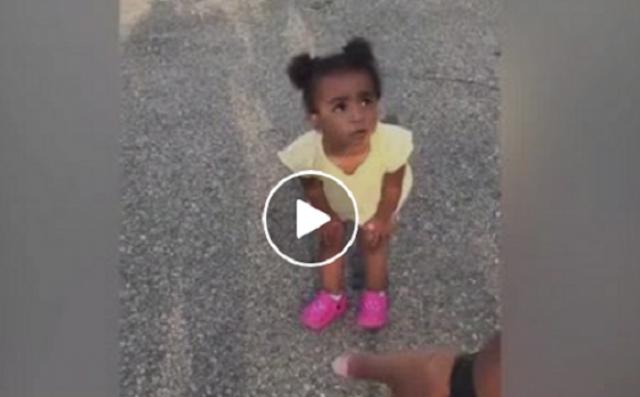 مليون مشاهدة لجدال بين أب وابنته على رقم 4 شاهد بالفيديو طرافة الطفلة الصغيرة وهي تجدال والدها
