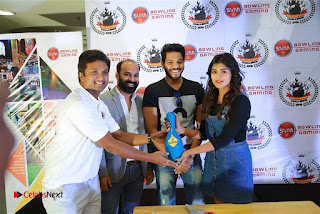 Actress Hebah Patel with Nanna Nenu Naa Boyfriends team at S.V.M Mall  0015.jpg