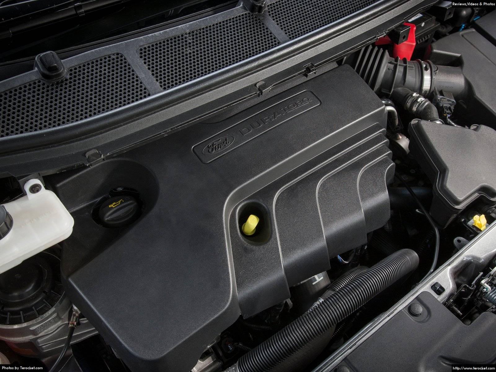 Động cơ Ecoboost V4 mạnh mẽ và tiết kiệm nhiên liệu